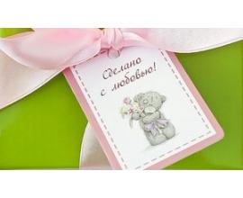 Мишка с розовым букетом
